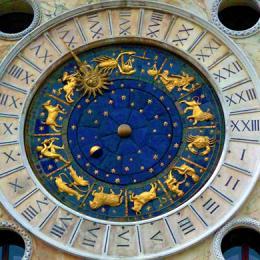 CLOCK TOWER - ENGLISH